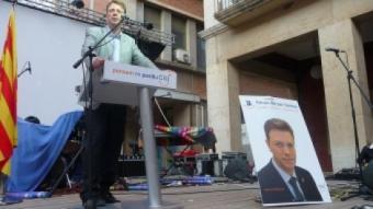 Ferran Bel va tancar ahir la campanya de CiU a la plaça d'Espanya.  G.M