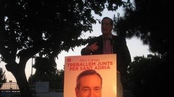 Un moment del míting final de campanya del PSC de Sant Adrià, ahir a la Rambleta J.G.N