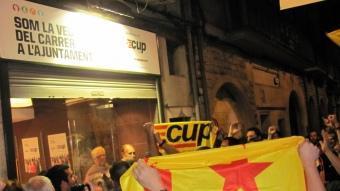 La CUP celebrant els resultats la mateixa nit de les eleccions municipals D.V