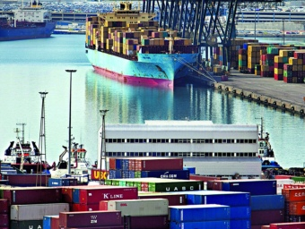 Contenidors al Port de Barcelona.  ARXIU / ROBERT RAMOS