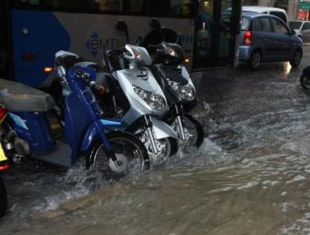 Imatge relacionada amb la tempesta que ha caigut a Palma aquest dimarts migdia ACN
