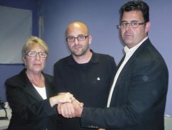 El pacte tancat de Canet entre Cati Forcano (UMdC) Jordi Marín (CiU) i Toni Romero (PP). E.F /LL.M /G.A/T.M