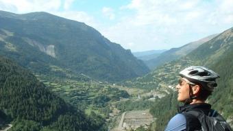 Pedals de Foc uneix els pobles, valls i llogarets de quatre comarques del Pirineu català: Val d'Aran, Alta Ribargorça, Pallars Jussà i Pallars Sobirà.  PEDALS DE FOC