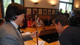 Bagué dissabte passat al rebre la vara que el convertia en nou alcalde de Cassà de la Selva JOAN MUÑOZ