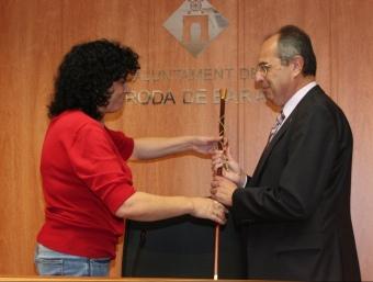 Compte (CiU), rebent ahir la vara d'alcalde de Huerta (PSC)