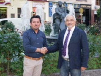 José Barquier (PP) i Joan Plana (CiU) van segellar ahir el pacte al Baix Penedès. EL PUNT
