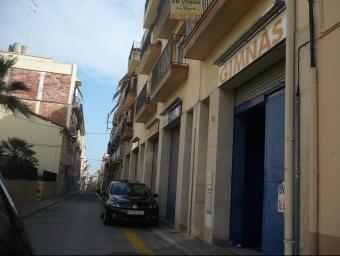 Antic gimnàs del carrer Sant Gabriel on la comunitat musulmana d'Arenys de Mar podria traslladar la mesquita. E,F