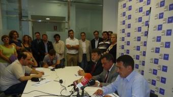 Guillem Aresté, Xavier Badia i Diego Sánchez van comptar amb el suport de diferents representants dels partits. T.M