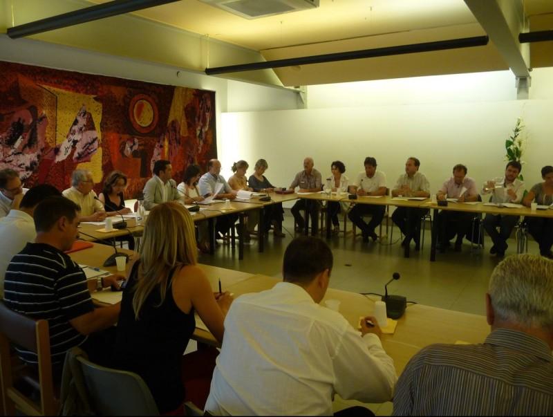 Imatge d'arxiu d'una sessió del ple de Pineda de Mar. T.M