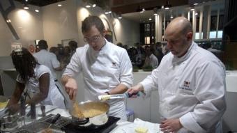 Una demostració de cuina catalana al saló Alimentària, el 2010.  ARXIU / QUIM PUIG