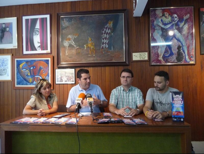 Moraleda, Amor, Gibert i Gómez en la roda de premsa d'ahir al CCRP. T.M