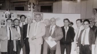 Representants d'Unitat Catalana a final dels anys 80. D'esquerra a dreta, Rafael Margalef, Jaume Roure, Pere Gurgui, Emili Roig, Andreu Barrere, Xavier Bada (aleshores diputat CDC al Parlament de Catalunya), Francesc Vernet (aleshores diputat CDC al Parlament de Catalunya), Llorenç Planes, Claudi Bordaneil. U. C