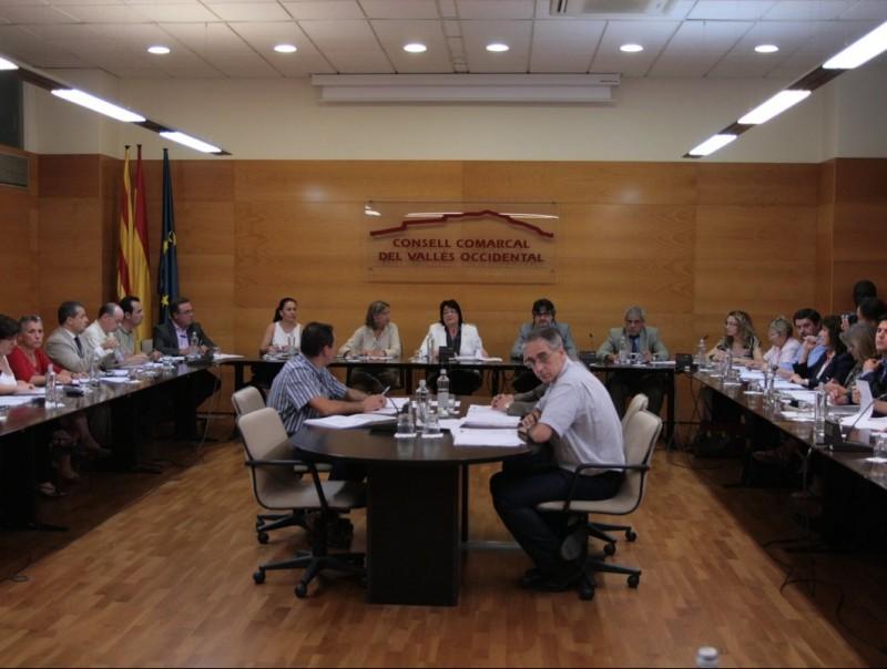 El primer ple del nou consell va durar mitja hora escassa per donar llum verd al cartipàs i la nova estructura de govern E.A