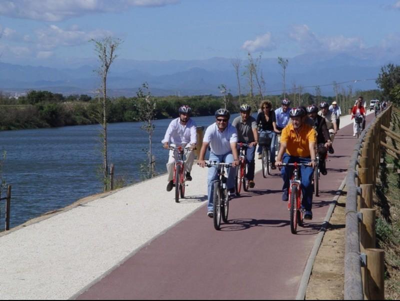 Una imatge d'arxiu quan es van inaugurar un altre tram d'aquest camí, a Castelló. R.C