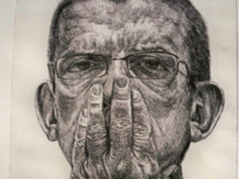 'Autoretrat amb mà a la boca' , un dels dibuixos que Javier Garcés exposa a Pals. EL PUNT