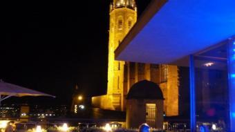La Sibil·la, el bar de la Seu Vella de Lleida, és una referència obligada. Amb la ciutat als peus, es molt recomanable anar-hi de nit. E. POMARES