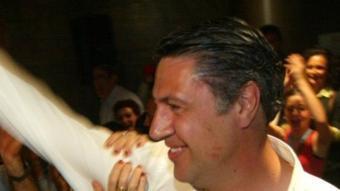 Xavier Garcia Albiol aclamat pels seus votants la nit de les eleccions QUIM PUIG