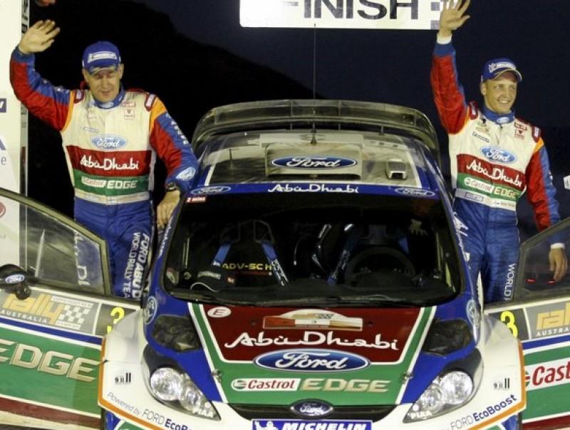 Mikko Hirvonen , a la dreta, i Jarmo Lehtinen celebren el seu tercer triomf al Ral·li d'Austràlia. FORD M-SPORT