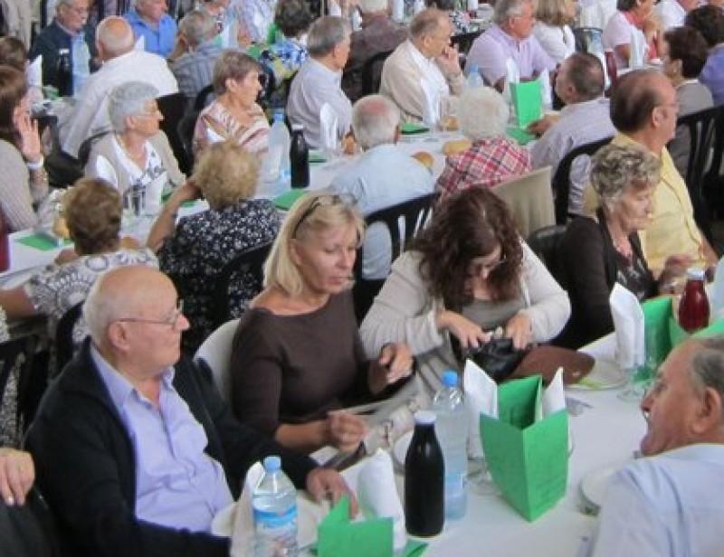 La festa de la gent gran es va fer al pavelló polivalent.