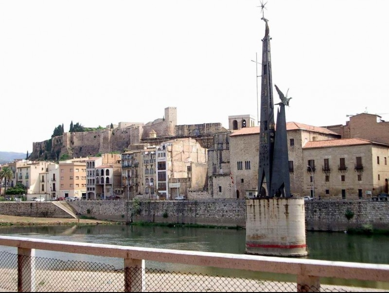 Tortosa és una de les poblacions catalanes amb més estoc en proporció al parc d'habitatges.  ARXIU