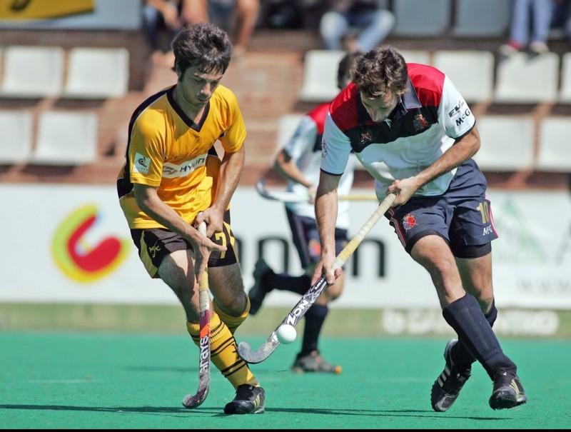 Atlètic i Polo, en una acció d'un derbi recent J.RAMOS