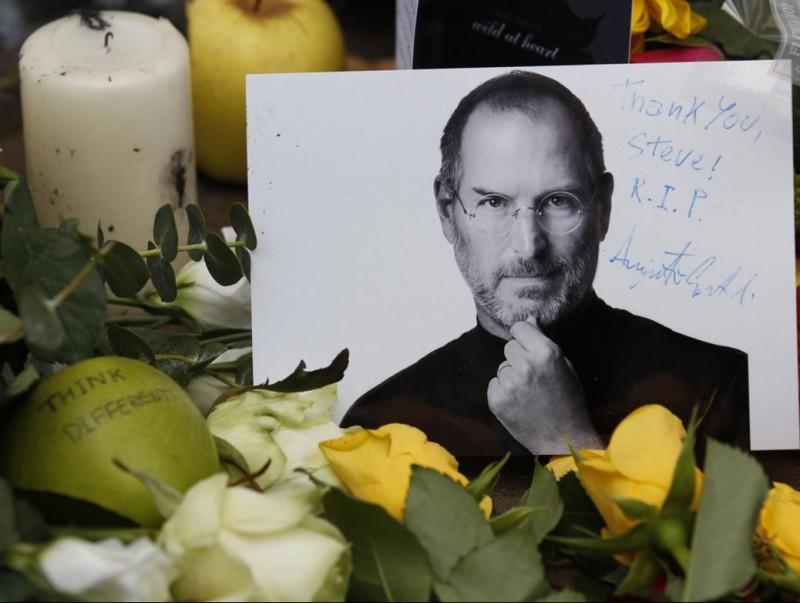 Steve Jobs va dotar Apple d'una missió, fer tecnologia per a les persones  ARXIU