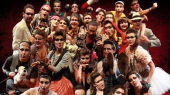 Els banyolins Cor de Teatre, a 'Operetta' L. SIMÓN
