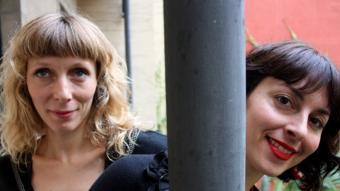 Annabelle Chambon i Lisa May , ahir a l'Ateneu Barcelonès PAU CORTINA / ACN