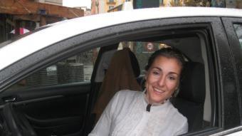 Olga Bach és taxista. E. C.