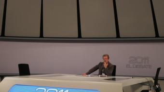 Manuel Campo Vidal , periodista i president de l'Acadèmia de Televisió, en el plató on se celebrarà el cara a cara que ell moderarà EFE
