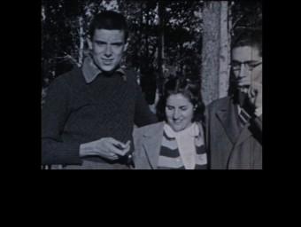 Els tres germans Ferraté, Gabriel, Amàlia i Joan, en un film familiar que el pare va rodar al xalet del Picarany als anys 40. EL PUNT/METRÒNOM FERRATER