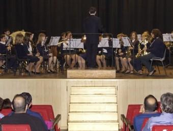 Banda Juvenil de Bellreguard en una actuació a la Casa d ela Cultura. ARXIU
