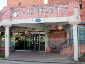 L'Ajuntament de Badia del Vallès, que encara no ha presentat els comptes del 2010. ARXIU