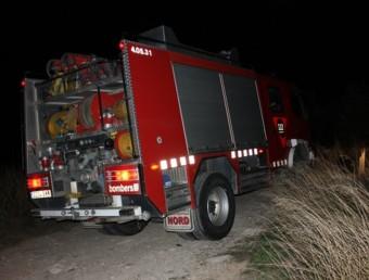 Un camió dels Bombers al lloc de l'incendi ACN