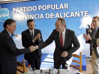 Acte de campanya del PP a Calp amb el president Alberto Fabra. EL PUNT-AVUI
