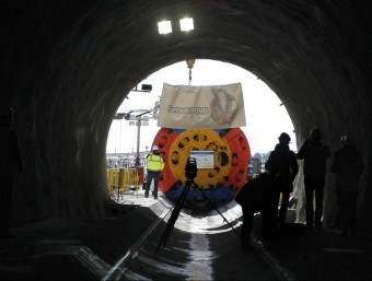 Túnel transfronterer per la interconnexió elèctrica de la MAT, amb la tuneladora LLUIS SERRAT