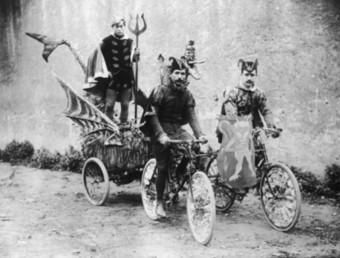 Imatge del carnaval de Roses del 1905. AMR