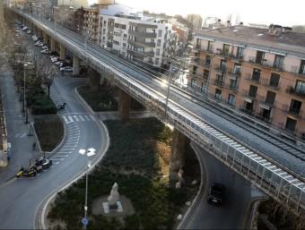 La via del tren convencional a Girona. LLUÍS SERRAT