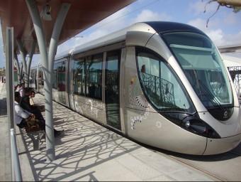 Tramvia de Rabat fabricat a Santa Perpètua de Mogoda.  L'ECONÒMIC