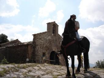 La capella de sant Abdó i sant Senén situada al Puig de Sacreu a Santa Pau. TURA SOLER