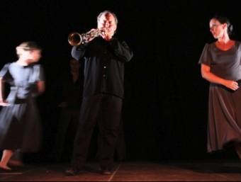 Un moment de l'espectacle Països Catalans en dansa del Grup Montgrí Dansa