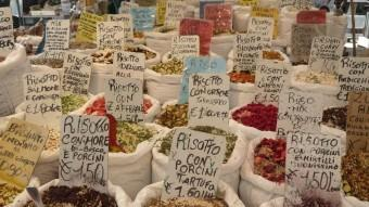 Varietats de risotto en un mercat de Pàdua. M.M