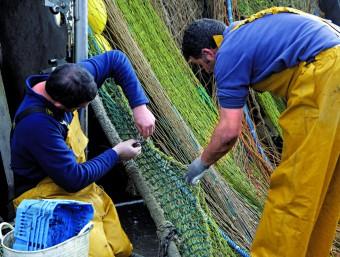 El sector pesquer català es mira amb preocupació els canvis que planteja la nova política pesquera comunitària.  LLUÍS SERRAT/ARXIU
