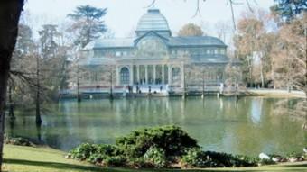L'arquitecte barceloní Josep Grasses i Riera va treballar en l'ordenació del parc del Retiro de Madrid.  ARXIU