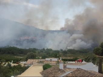 Zona del barranc de Cometa afectada per l'incendi. EL PUNT AVUI
