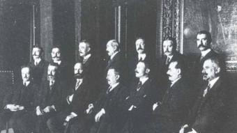 El Consell i la Mesa de la Mancomunitat de Catalunya a l'abril del 1914  ARXIU /FOTOTECA.CAT