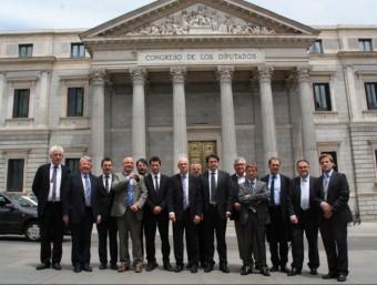 Les reunions van tenir la presència d'alcaldes i regidors de Sils, Tordera, Maçanet, Vidreres, Caldes i Riudellots, i representants de la Diputació i el Patronat de Turisme i dels consells comarcals de la Selva, el Gironès, el Pla de l'Estany i l'Alt Empordà. Ahir al matí, tots davant el Congrés de Diputats ACN