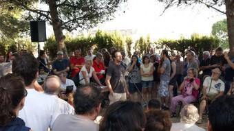 Assemblea d'afectats pels incendis dels Serrans realitzada el juliol passat a les Alcubles. ROSELLA C. SANZ