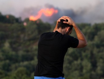 Una imatge del dia de l'incendi al sector de Boadella. L. S