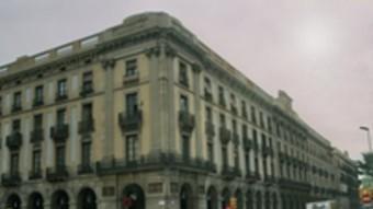 Pòrtics d'en Xifré, davant de la Llotja de Mar de Barcelona, van ser fruit de les inversions de Josep Xifré i Casas  ARXIU
